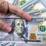 پاکستان: اوورسیز پاکستانیوں نے ڈالروں کے ڈھیر لگا دیئے