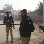 پاکستان نے ممبی حملے میں ملوث تین افراد کو  عمر قید  کی سزا سنا دی۔