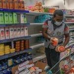 عرب تاجروں کا اسلام کی توہین پر فرانسیسی مصنوعات کا بائیکاٹ