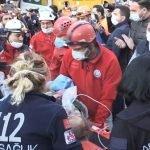 ترکی،  ملبے تلے دبی پچاس سالہ خاتون کو 17 گھنٹوں بعد  بچا لیا گیا