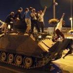 ترکی: 2016 کی ناکام فوجی بغاوت کے ملزموں کو طویل عمر قید کی سزائیں