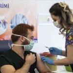 ترک ڈاکٹرز اور ہیلتھ کیئر ورکرز کے لئے کورونا ویکسین کا دوسرا مرحلہ شروع