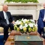 افغان صدر کی جو بائیڈن سے ملاقات، امریکی فوج کے انخلا کے بعد کی صورتحال پر تبادلہ خیال