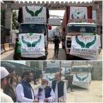 پاکستان سے امدادی سامان کے 17 ٹرک افغان حکام کے حوالے